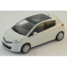03630W-KYS Toyota YARIS 2014г. white