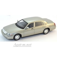 101522-LUX Lincoln Town Car 2011г. silver