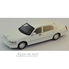 101560-LUX Lincoln Town Car 2011г. white