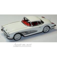 Масштабная модель Chevrolet Corvette C1 Hard Top 1960