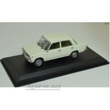 02-EVRM0143 ВАЗ-2101 Жигули 1970 белый