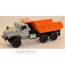 УРАЛ-55571 самосвал, серый/оранжевый