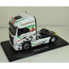 116768-ELG Седельный тягач IVECO S-WAY S570 4х2 Racing #01 2020