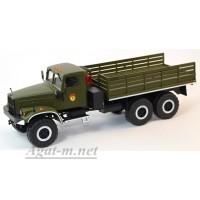 31017-КРЗ КрАЗ-255 бортовой парадный со скамейками, хаки