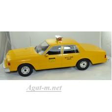 "18038-MCG CHEVROLET Caprice Sedan ""New York City Taxi"" 1991 Yellow"