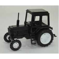 Масштабная модель Трактор МТЗ-82 пластик, весь черный