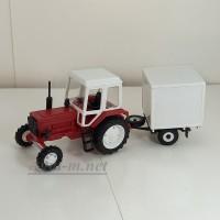 160014-МЛП Трактор МТЗ-82 пластик, красный/белый с прицепом будка