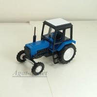 160050-МЛП Трактор МТЗ-82 пластик двух цветный, сине-черный
