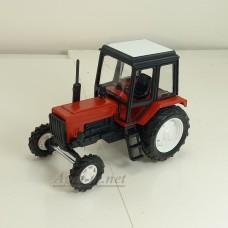 160051-МЛП Трактор МТЗ-82 пластик двух цветный, красно-черный