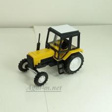160053-МЛП Трактор МТЗ-82 пластик двух цветный, желто-черный