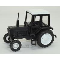160115-МЛП Трактор МТЗ-82 Люкс пластик, двух цветный черно-белый