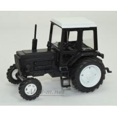 Масштабная модель Трактор МТЗ-82 Люкс пластик, двух цветный черно-белый