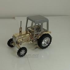 160300-МЛП Трактор МТЗ-82 полностью-металл (кабина серый металлик, корпус-золото)
