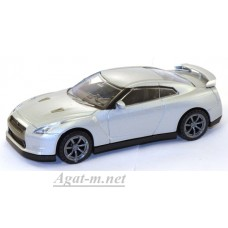 35100-РСТ Nissan GTR, серебристый