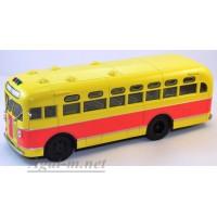 10017-1-АИСТ ЗИС-155 автобус, красно-желтый