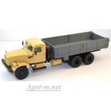 10030-1-АИСТ КрАЗ-257 Б1 грузовик бортовой, бежевый/серый