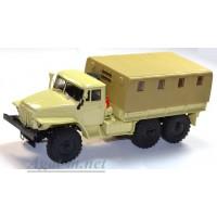 10032-АИСТ Миасский грузовик 375Д бортовой с тентом, бежевый