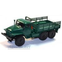 10032-1-АИСТ Миасский грузовик 375Д бортовой, зеленый