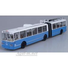 ЗиУ-10 (ЗиУ-683) троллейбус, бело-голубой