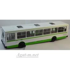 Ликинский автобус-5256 городской зеленый/белый