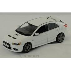 Масштабная модель Mitsubishi Lancer Sportback Ralliart, Pearl white