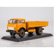 МАЗ-500А бортовой (оранжевый)