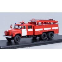 1093-ССМ АЦ-40 (на шасси ЗИЛ-133ГЯ) пожарка, красный с белыми полосами
