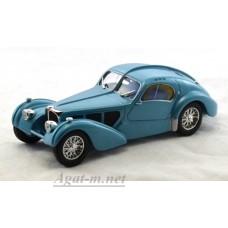 Масштабная модель Bugatti Type 57SC Atlantik 1937 г. светло-голубой