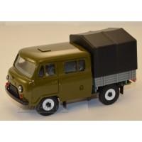 10010-4-УСР УАЗ-39094 Фермер с тентом, оливковый