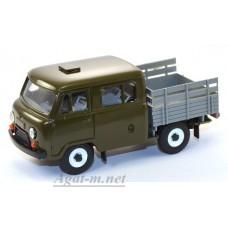 12021-УСР УАЗ-39094 Фермер без тента (пластик крашенный), зеленый