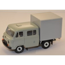 12024-УСР УАЗ-39094 Фермер с будкой (пластик крашенный) серый