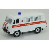 12051-УСР УАЗ-3962 Автобус скорая медицинская помощь белый (пластик крашенный), таблетка