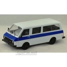 """74-ДЕГ РАФ-22038 """"Латвия"""" 1986-1997 гг. белый с синим"""