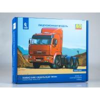 1445-КИТ Сборная модель КАМАЗ-6460 седельный тягач